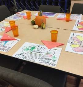Children's Thanksgiving Table Settings