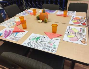 Children's Thanksgiving Table Settings